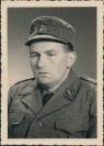 Mann in Militäruniform