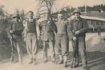 Soldaten und Zivilpersonen