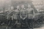 Vier Männer - Militär